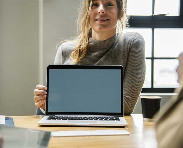 Desktop vs. laptop